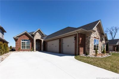 Henryville Single Family Home For Sale: 1723 Bay Hill Place