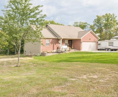 Scott County Single Family Home For Sale: 3751 E Deercreek Road