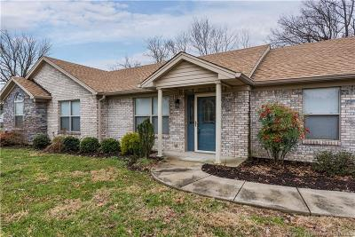 Jeffersonville Single Family Home For Sale: 215 Perrin Lane