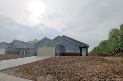 Charlestown Single Family Home For Sale: 8921 Woodford Dr. Lot 34
