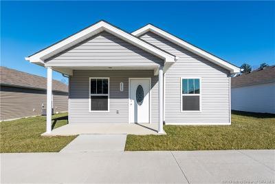 Clark County Single Family Home For Sale: 111 Jackson Way