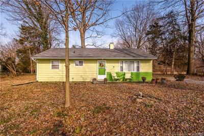 Jeffersonville Single Family Home For Sale: 36 McBride Drive