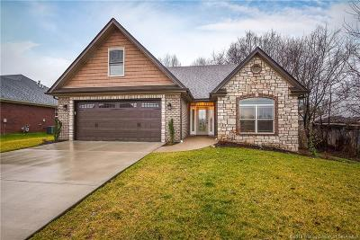 Jeffersonville Single Family Home For Sale: 5510 Buckthorne Drive