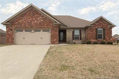 Jeffersonville Single Family Home For Sale: 2923 Chestnut Eagle Ridge
