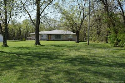 Floyd County Single Family Home For Sale: 205 Spickert Knob Road