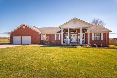 Scottsburg IN Single Family Home For Sale: $289,900