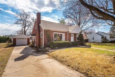 Sellersburg Single Family Home For Sale: 225 Shirley Avenue