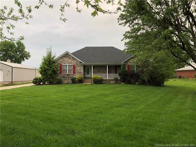Sellersburg Single Family Home For Sale: 1705 Mayfair Drive