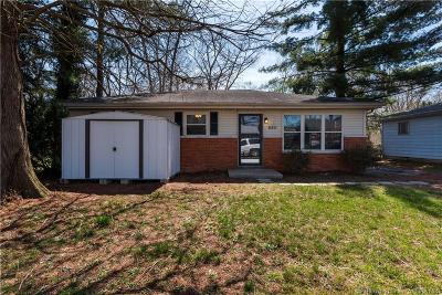 New Albany Single Family Home For Sale: 820 Elmwood Avenue