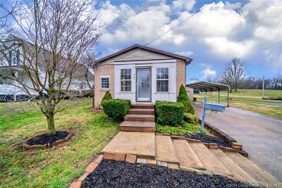 Washington County Single Family Home For Sale: 605 E Old 60