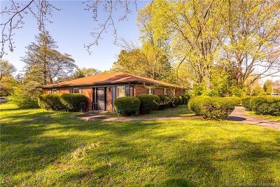 Jeffersonville Single Family Home For Sale: 19 Forest Drive