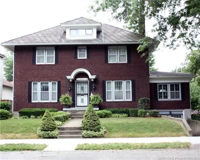 Jeffersonville Single Family Home For Sale: 702 E Maple Street