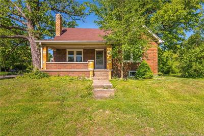 Sellersburg Single Family Home For Sale: 343 Villa Drive