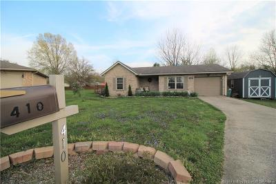 Clark County Single Family Home For Sale: 410 Officers Lane