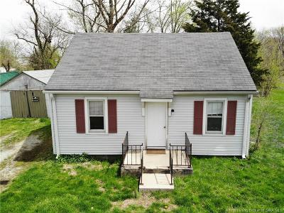 Scott County Single Family Home For Sale: 927 S Gardner Street