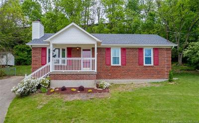 Louisville Single Family Home For Sale: 5701 Blue Spruce Court