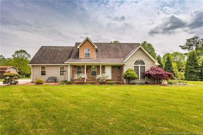 Henryville Single Family Home For Sale: 4104 Henryville Otisco Road