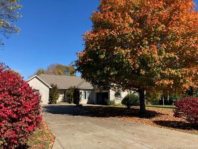 Floyds Knobs Single Family Home For Sale: 5030 Bent Creek Drive