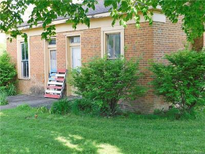 Washington County Single Family Home For Sale: 226 W Oak Street