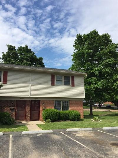 Jeffersonville Single Family Home For Sale: 3063 Wooded Way