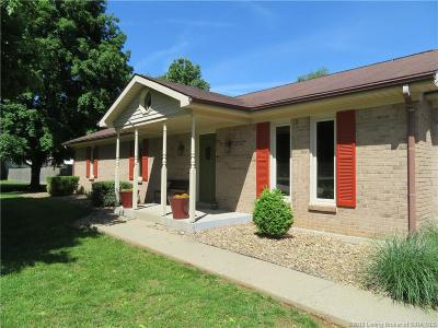 Clark County Single Family Home For Sale: 8615 Eagle Trail