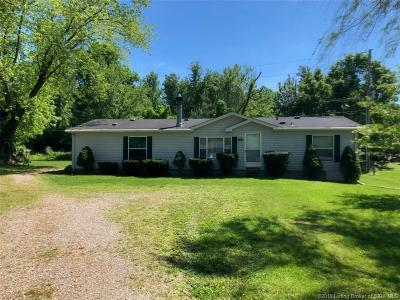 Clark County Single Family Home For Sale: 1410 E Water Street E