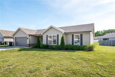 Clark County Single Family Home For Sale: 1607 Regans Way