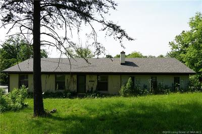New Albany Single Family Home For Sale: 4010 Quarry Road