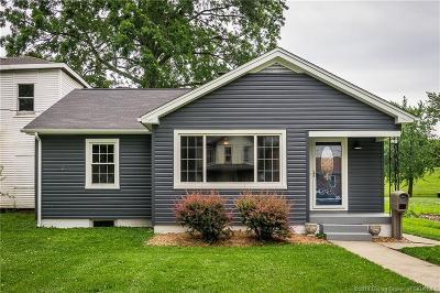 Jeffersonville Single Family Home For Sale: 930 E Chestnut