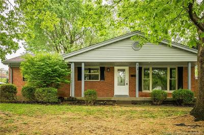 Jeffersonville Single Family Home For Sale: 909 E Larkspur Drive