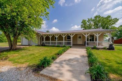 Washington County Single Family Home For Sale: 3967 W Mount Carmel Road