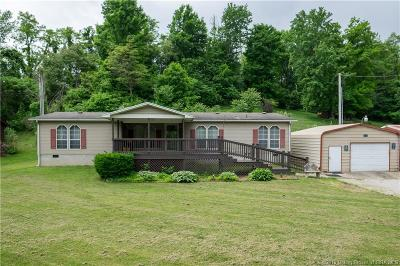 Floyd County Single Family Home For Sale: 3767 Old Vincennes Road