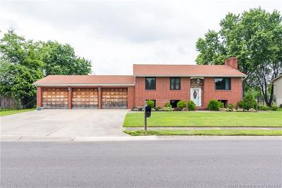Jeffersonville Single Family Home For Sale: 2409 Crums Lane