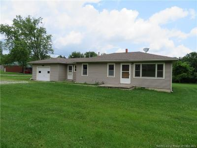 Henryville Single Family Home For Sale: 222 Lake Road