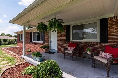 Corydon IN Single Family Home For Sale: $212,000