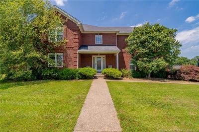 Clark County Single Family Home For Sale: 6505 Whispering Oaks Drive