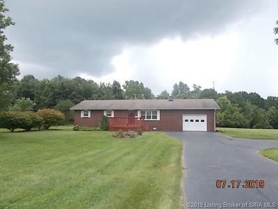 Scott County Single Family Home For Sale: 209 W Harrod Road