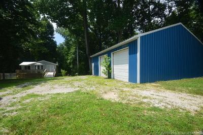 Scott County Single Family Home For Sale: 7257 N Sunnyside Road