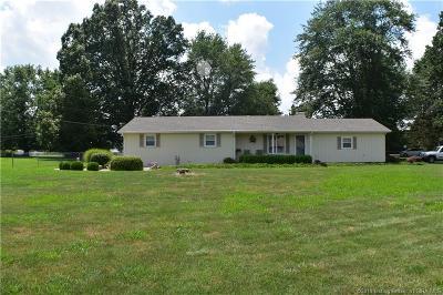 Scott County Single Family Home For Sale: 484 Whippoorwill Lane