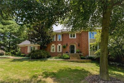 Floyds Knobs Single Family Home For Sale: 4015 Woodstone Drive