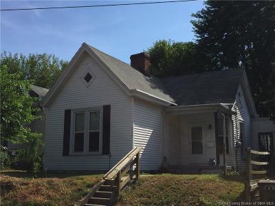 Clarksville Single Family Home For Sale: 216 S Clark Boulevard