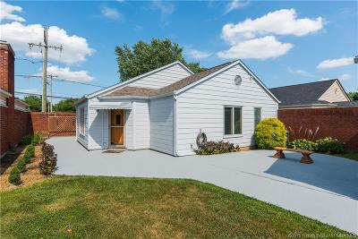 Jeffersonville Single Family Home For Sale: 107 Court Yard