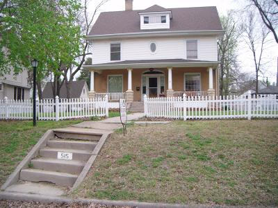 Clay Center Single Family Home For Sale: 515 Lane Street
