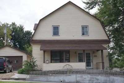 Herington Single Family Home For Sale: 211 East Trapp