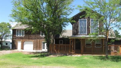 Great Bend KS Single Family Home For Sale: $155,000