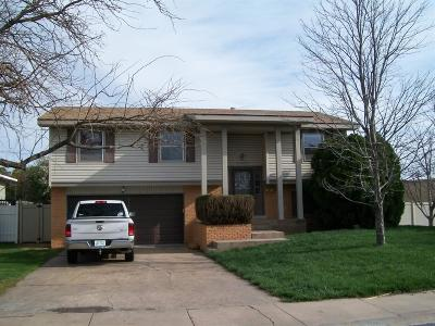 Great Bend KS Single Family Home For Sale: $149,900