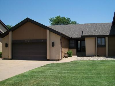 Great Bend KS Single Family Home For Sale: $229,500