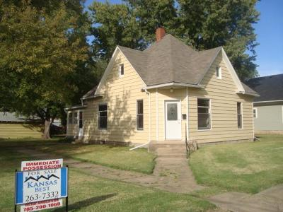 Abilene Single Family Home For Sale: 1020 Northwest 2nd Street