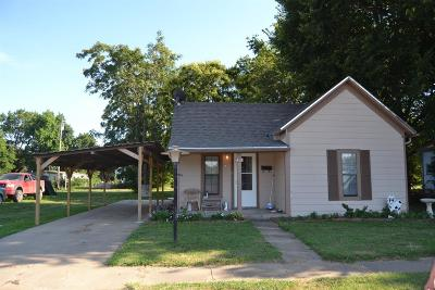 Abilene Single Family Home For Sale: 413 Southwest 3rd