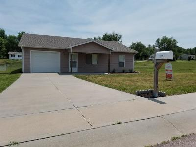 Junction City Single Family Home For Sale: 607 Jerry Drive